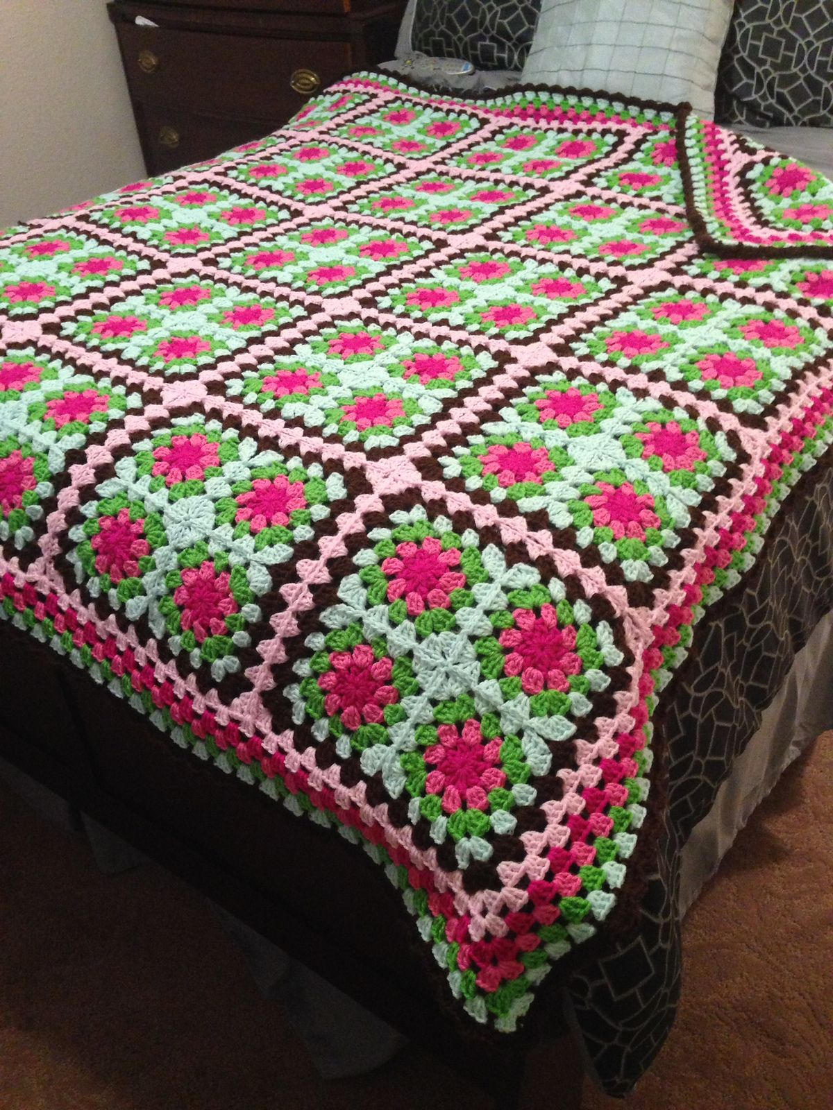 Ravelry: Project Gallery for Summer Garden Granny Square pattern by ...