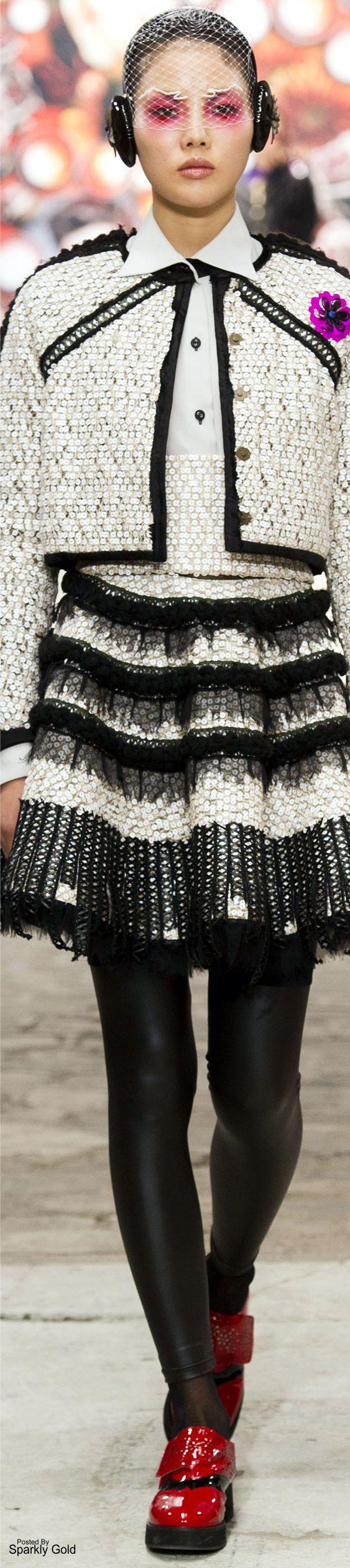 Antonio Ortega Fall 2016 Couture
