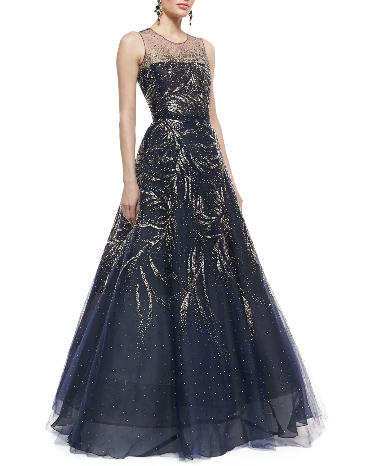 Oscar De La Renta Sleeveless Embellished Ball Gown Classy