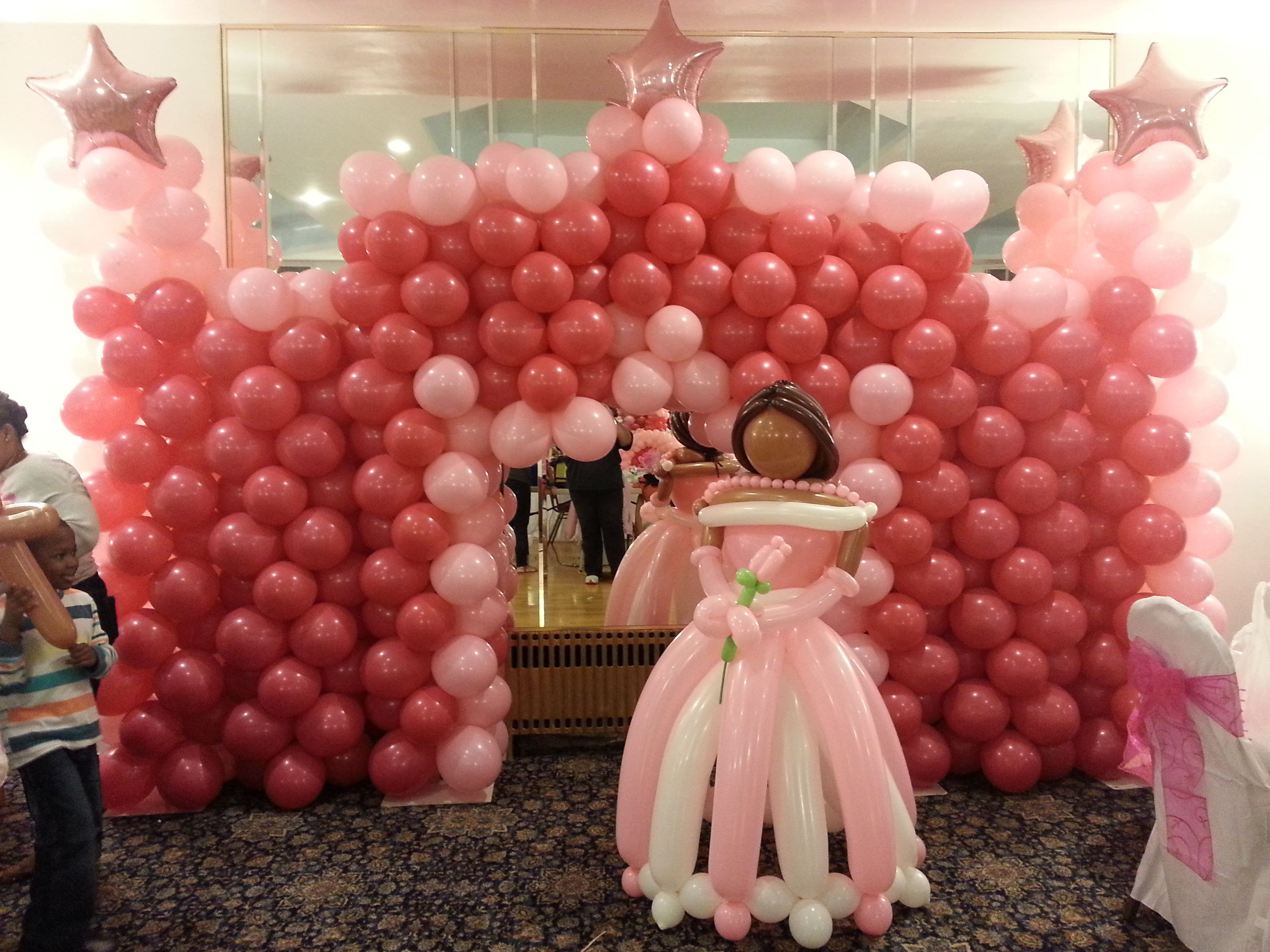 princess wall castle and large princess balloon sculpture design