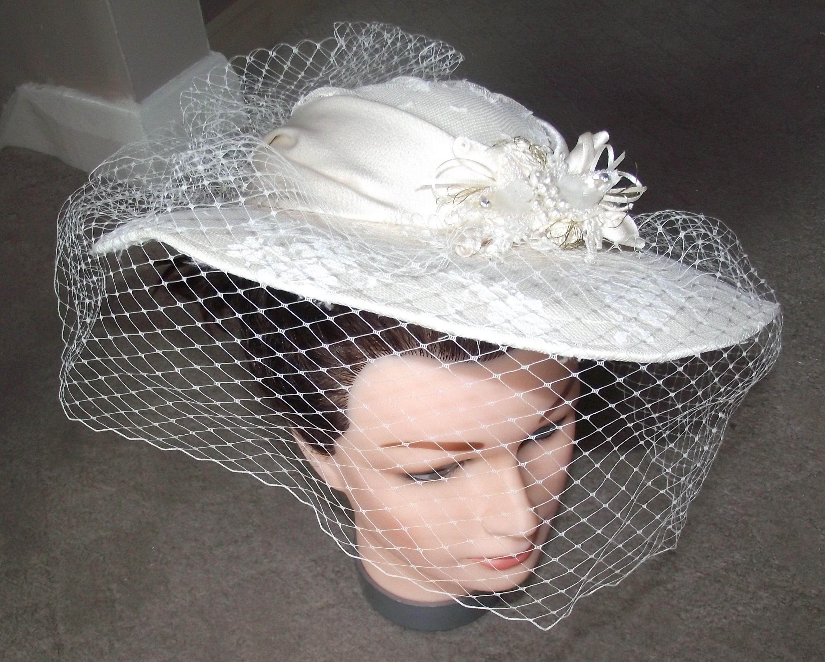 Best 25+ Vintage Wedding Hats Ideas On Pinterest