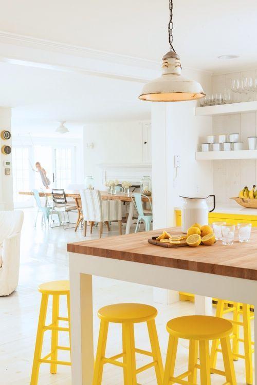 【シンプルと遊び心】イエローなダイニングキッチン. Color YellowBright YellowEl ColorArt DecorYellow  Kitchen ...