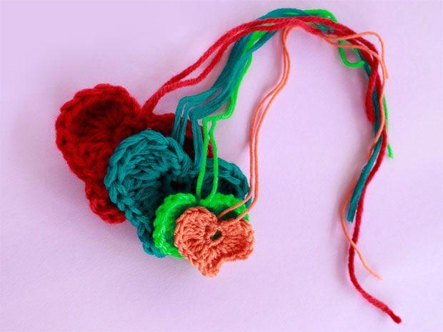 Häkelmuster: Herz häkeln - kleine Liebesbotschaft aus Wolle | häkeln ...