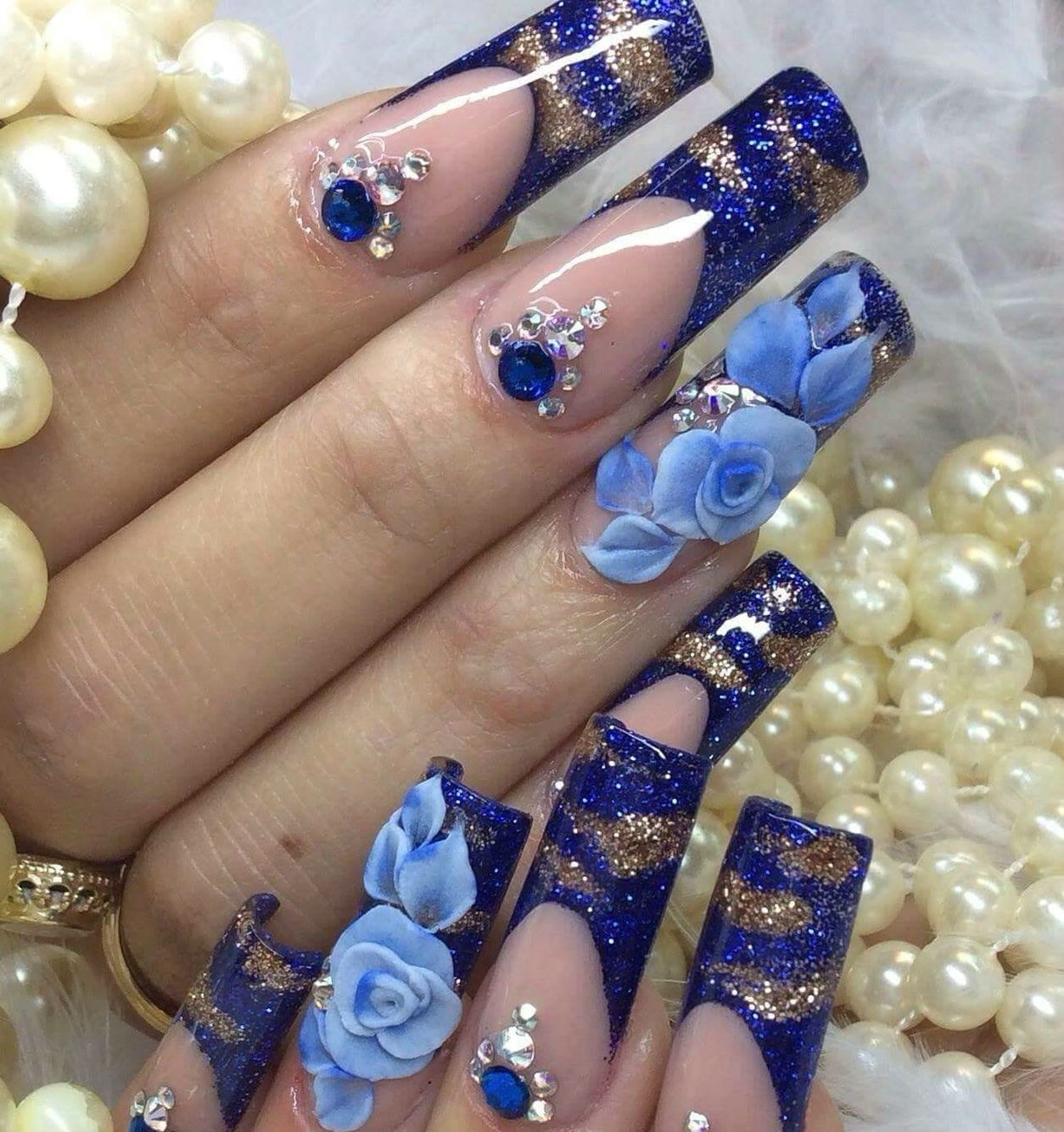 30 Stunning Diy 3d Nail Designs For Beginners Of 2019: Blue Hues Of Nail Enamel With Clear Nail Polish, And
