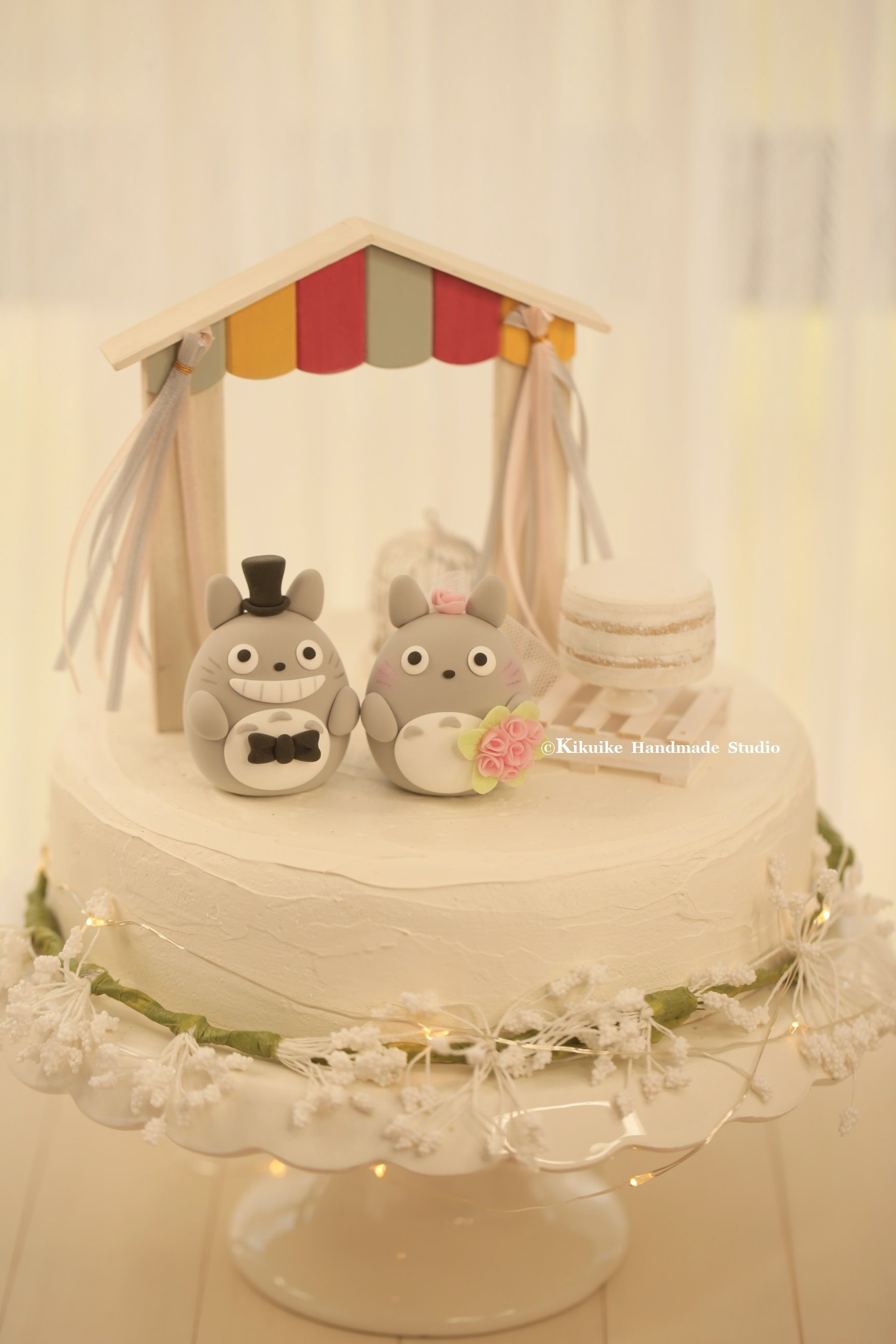 Love totoro トトロ bride and groom with the handmade wooden outdoor