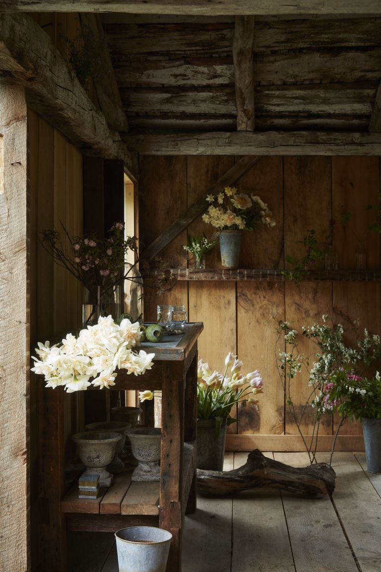 Barn wedding decoration ideas  These Wedding Flowers Will Make You Change Your Mind About Going