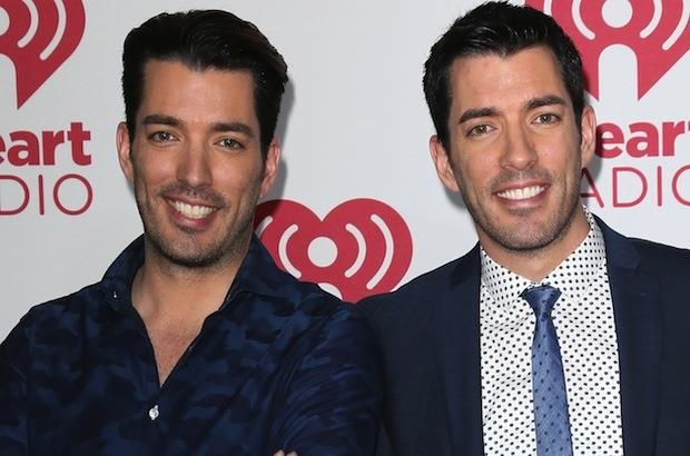 An Identical The Hookup Twin Property On Brothers
