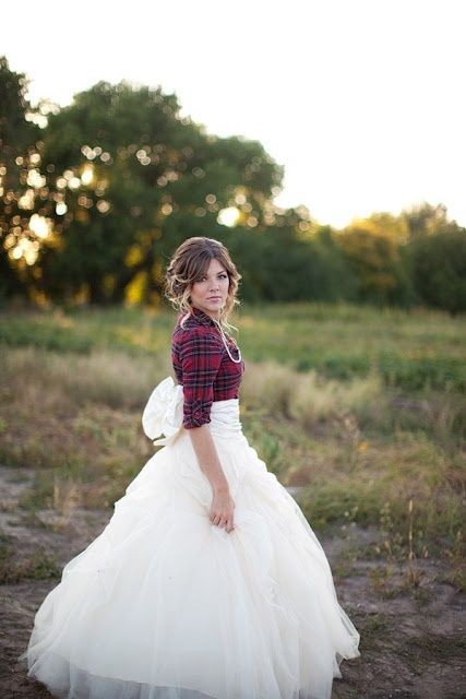 Its The Perfect Country Wedding Dress Flannel And Tulle Hahaha Plus Modest