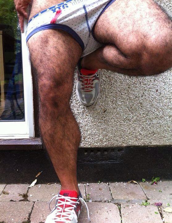 Fotos de piernas velludas de hombre 6