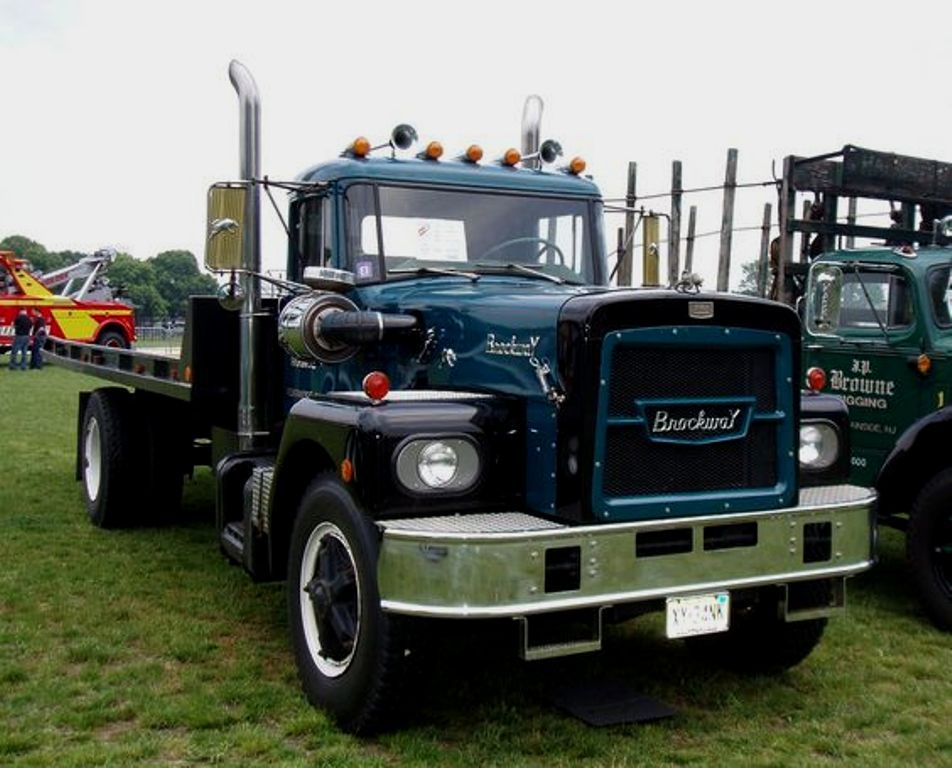 Brockway Conventional Cab Tilt Tray Recovery Truck