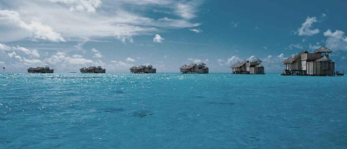 best overwater bungalow resorts maldives gili lankanfushi exterior