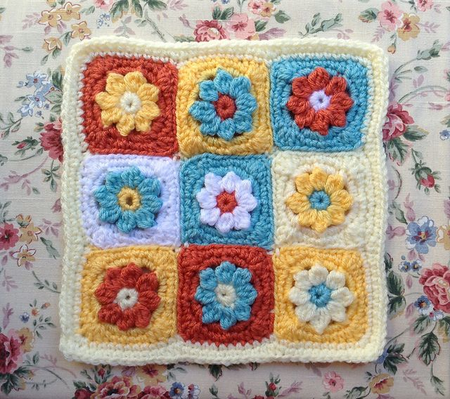 Vintage 70s Yellow Daisy Flower Afghan Throw Blanket Flower: Ravelry: LisaSh's * 9-Patch Frosted Daisy Pop Mini Motif