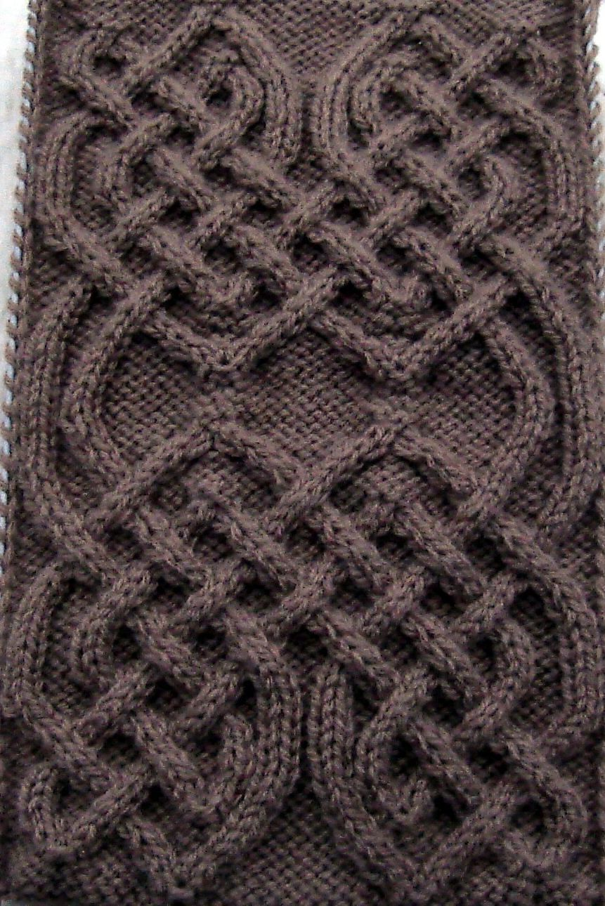Ravelry: Celtic Motif (knot #82) by Devorgilla\'s Knitting (sometimes ...