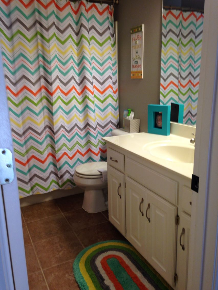 Pics photos children bathroom themes shower curtains fish animals - Gender Neutral Bathroom