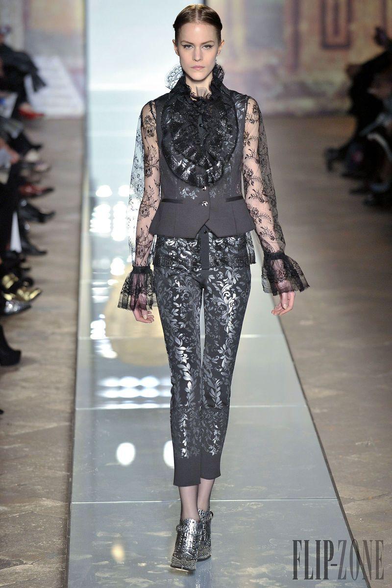 Roccobarocco Fall-winter 2014-2015 - Ready-to-Wear - http://www.flip-zone.net/fashion/ready-to-wear/fashion-houses-42/roccobarocco-4592 - ©PixelFormula