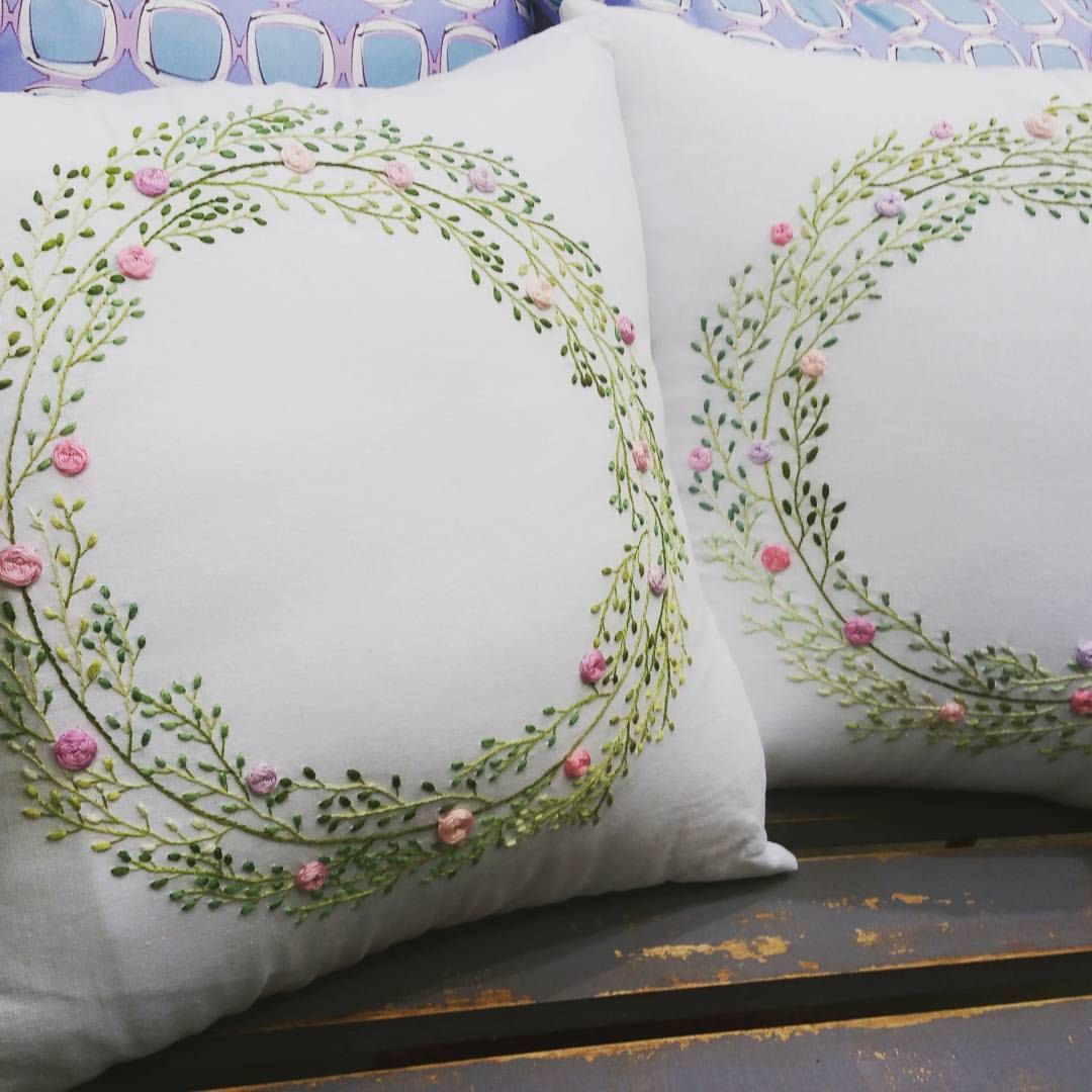 Plain white cushion cover with embroidery flower wreath pillows