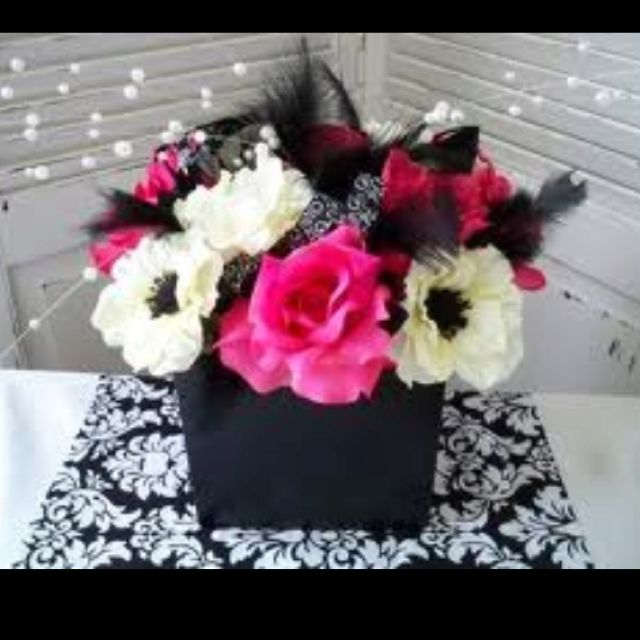 Cute Wedding Centerpiece Ideas: Cute Pink And Black Damask Wedding Centerpiece 💗