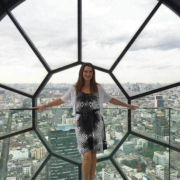 A view from the top of the hotel in #Bangkok! My legs felt like noodles. #fearofheights #Thailand  http://www.whosay.com/l/JWKbUdi