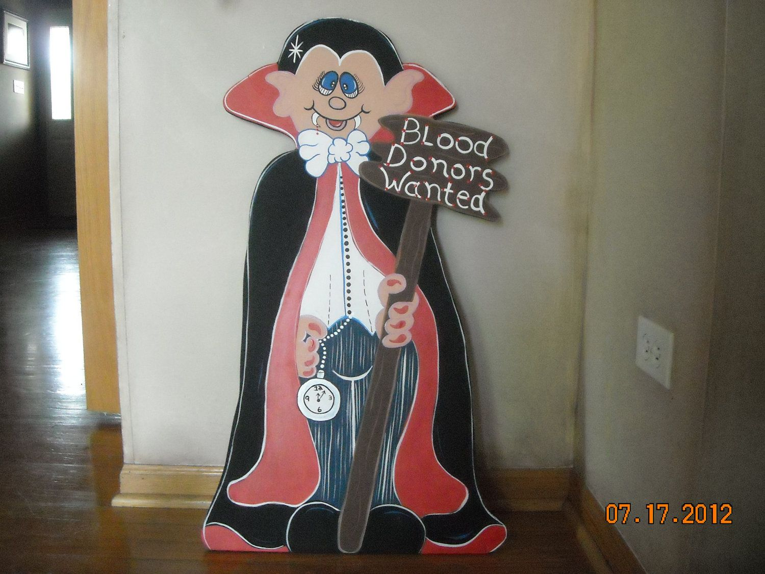 Wooden halloween yard decorations - Dracula For Halloween Blood Donors Wanted Wood Lawn Ornament Yard Art 40 00