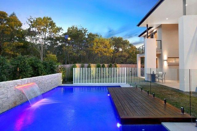 piscinas fuentes cascadas luces colores Piscinas Pinterest