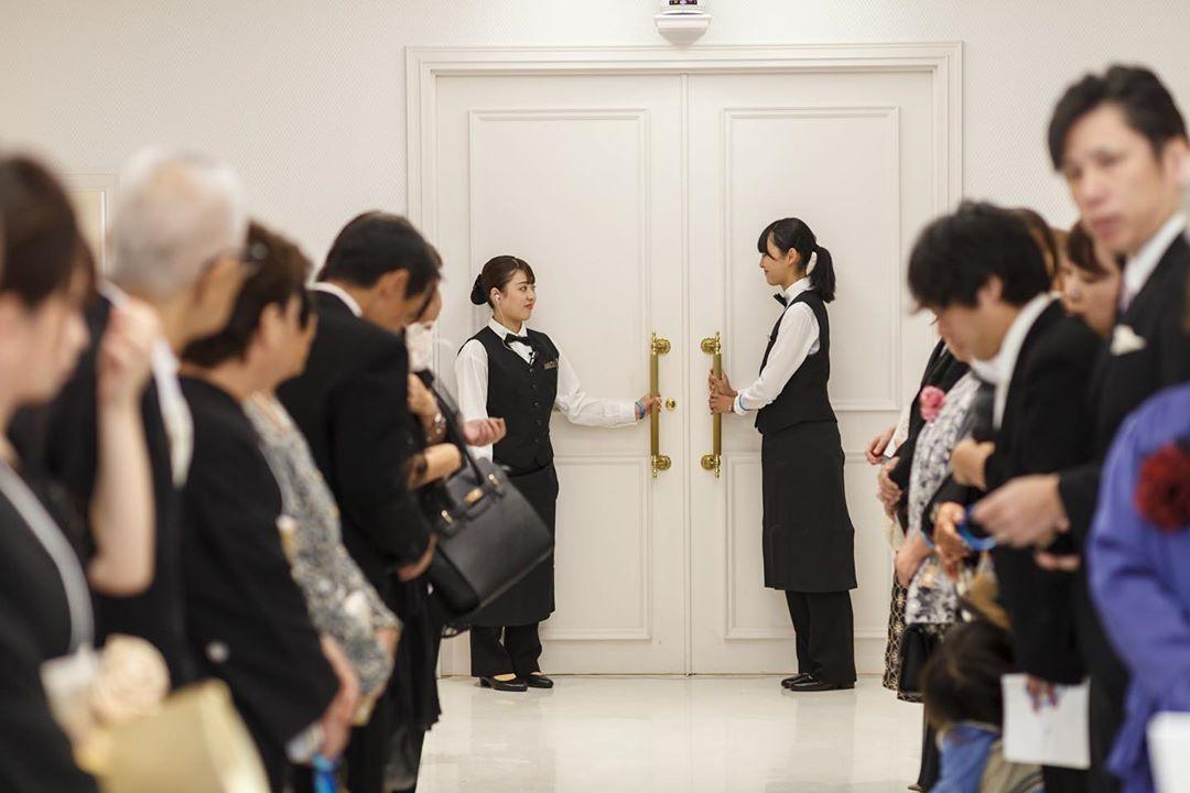 在校生が創り上げた世界に1つだけの物語 東京ウェディング ホテル専門学校の第2校舎で9月14日 土 本物の結婚式が行われました Portrait No 5 11 挙式本番 学内が本物の結婚式場 東京ウェディングホテル専門学校 本物の結婚式も出来る専門学校 ウェディング科
