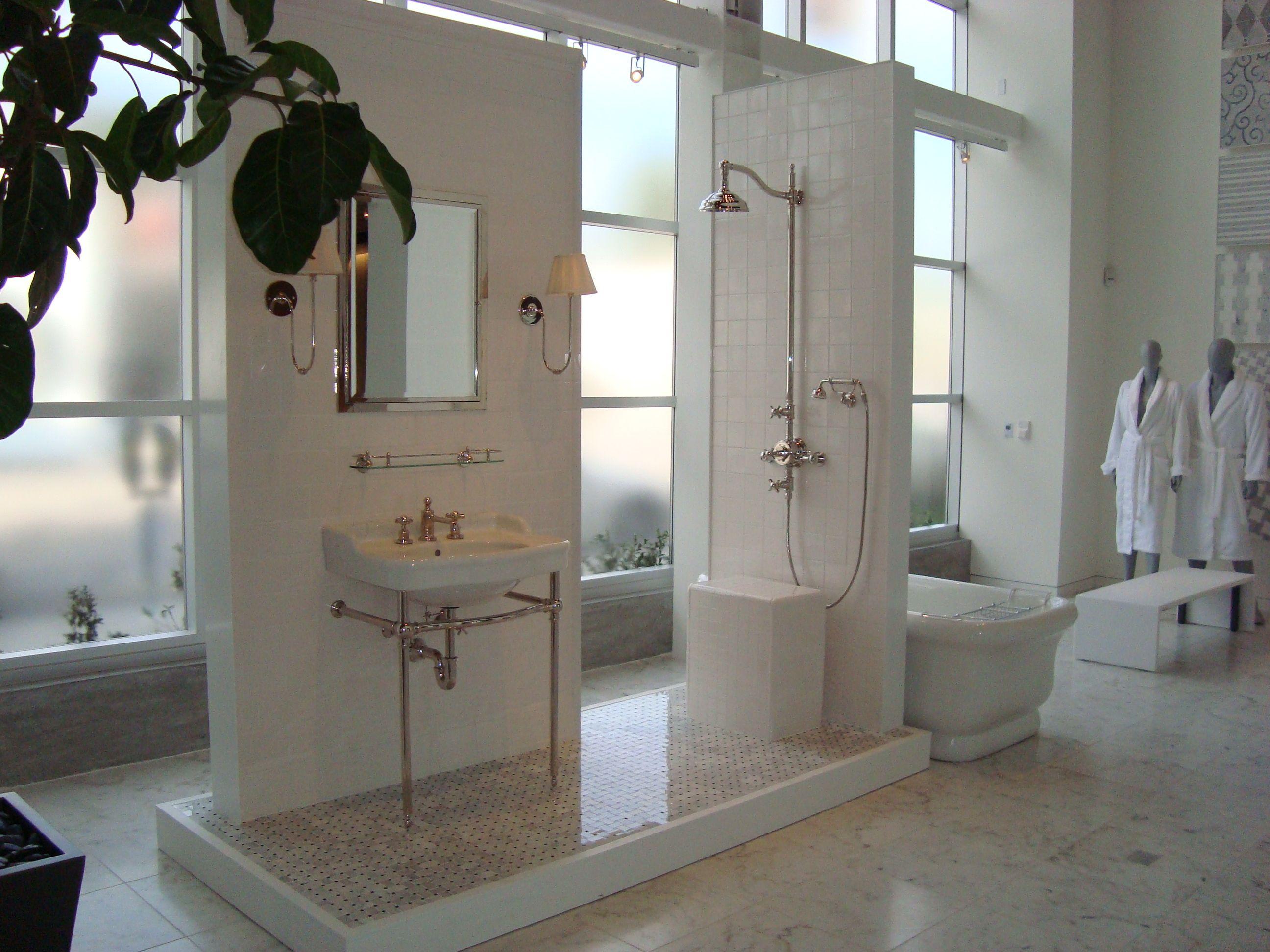 Waterworks Los Angeles Showroom Olympia Display Bathroom Showrooms Bath Showroom Waterworks Bathroom