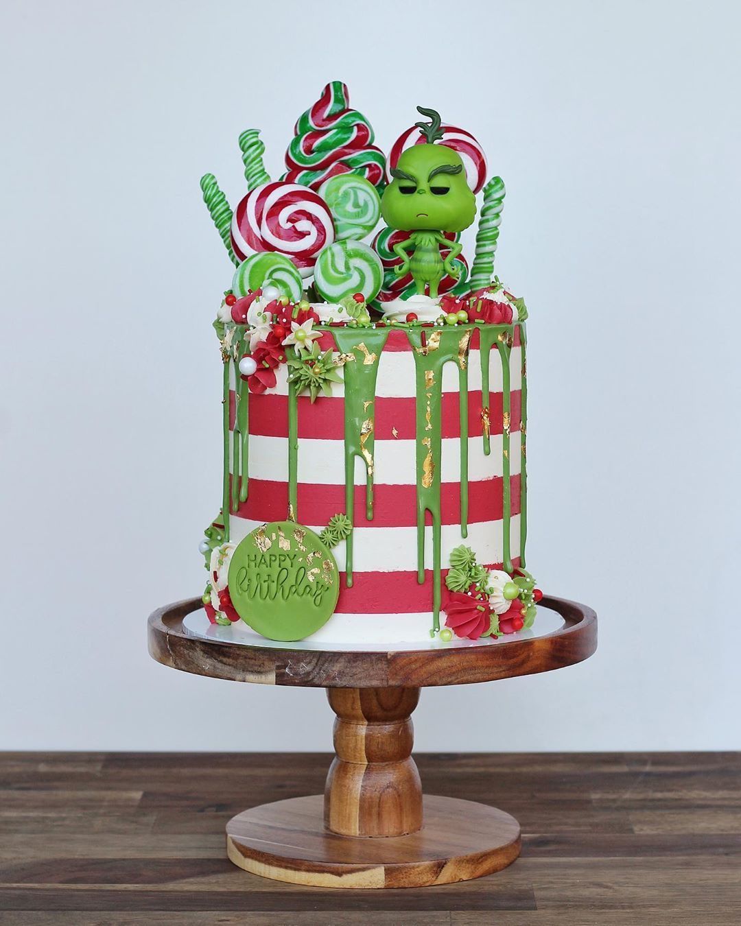 Christmas Cakes 2021 Pinterest 790 Christmas Decorated Cakes Ideas In 2021 Christmas Cake Cupcake Cakes Cake Decorating