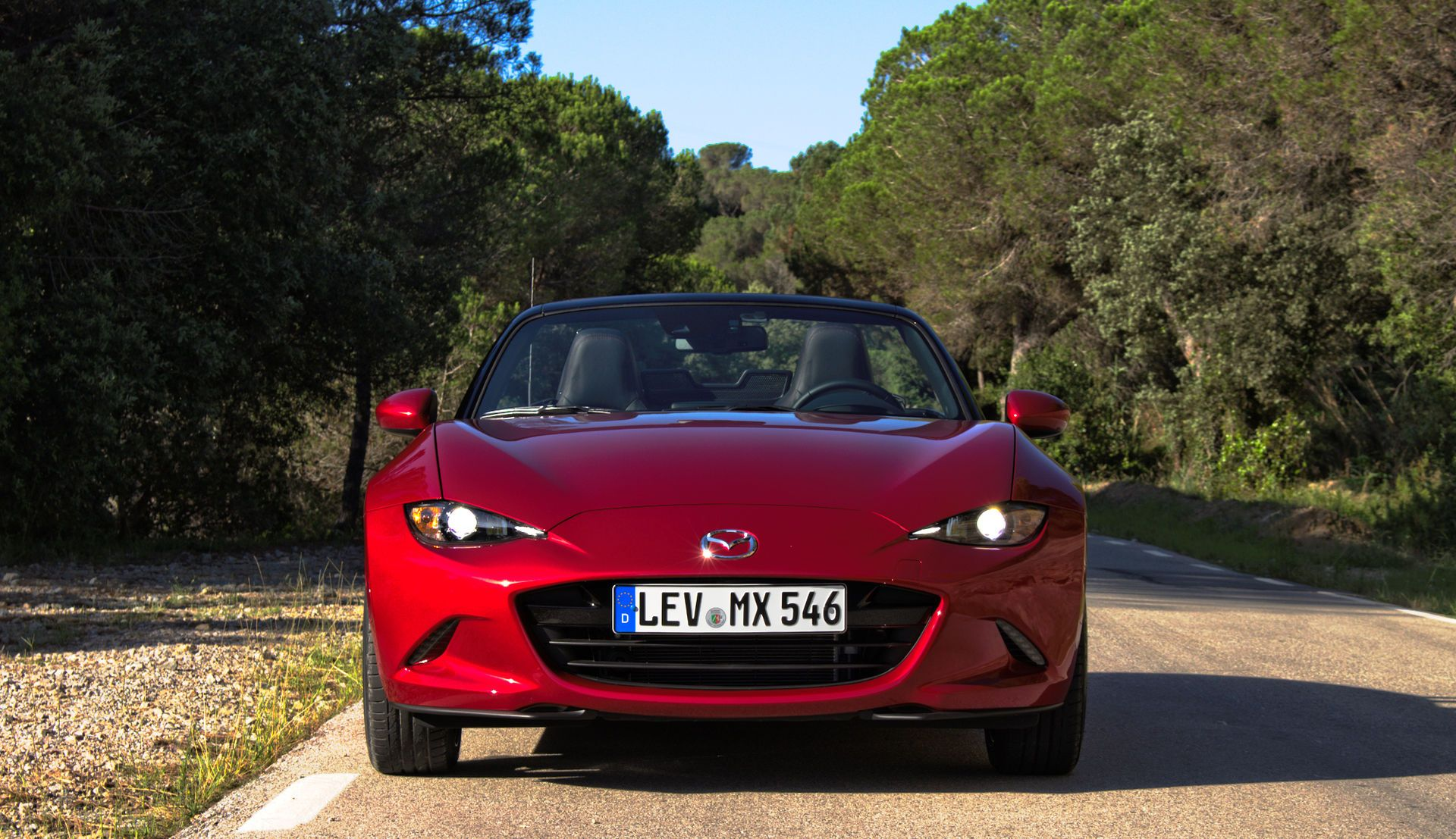 2015 Mazda MX5 ND 2.0 SKYACTIVG 160 iELOOP Rubinrot