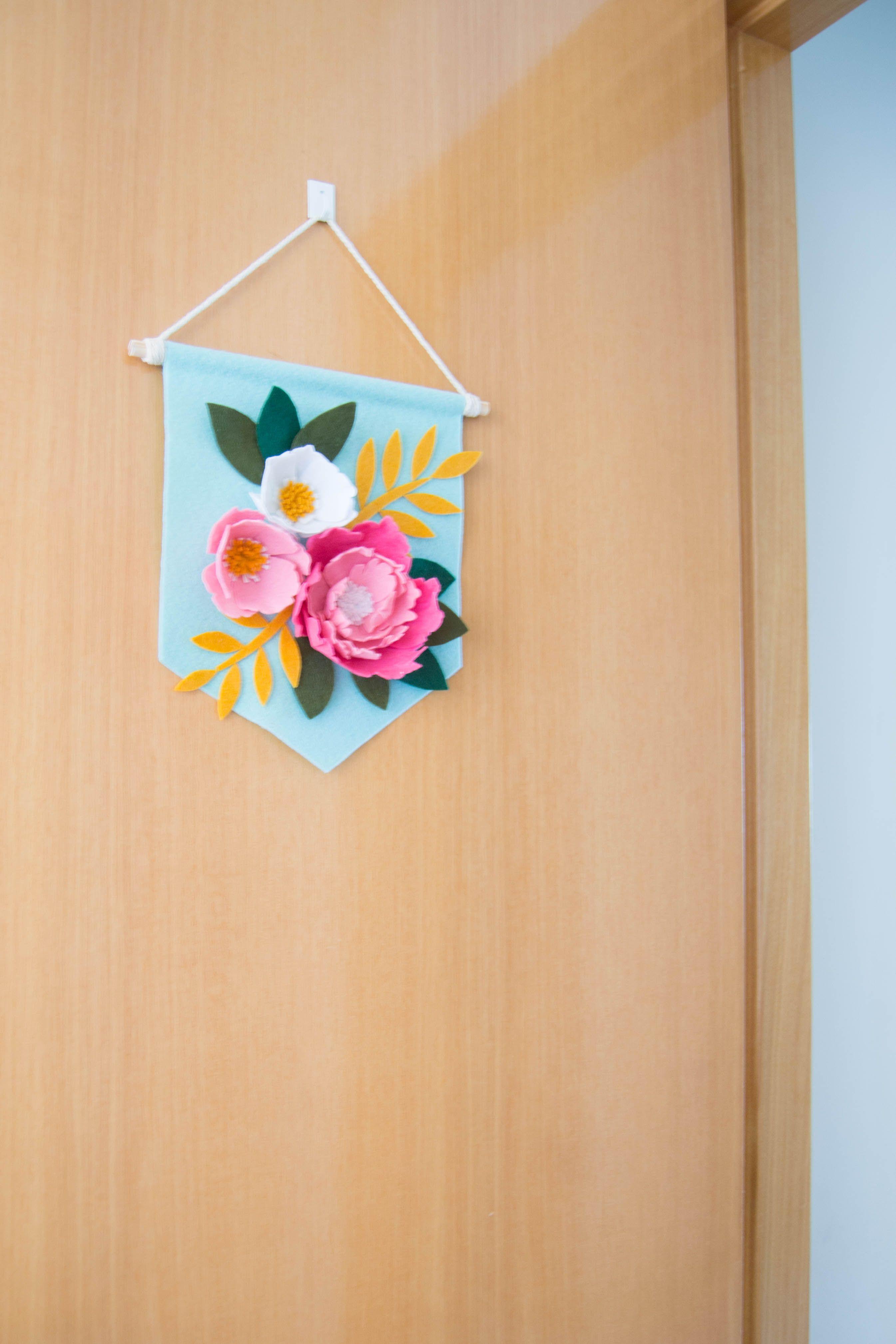 Flowers banner, pennant banner, floral wall hanging banner, felt ...