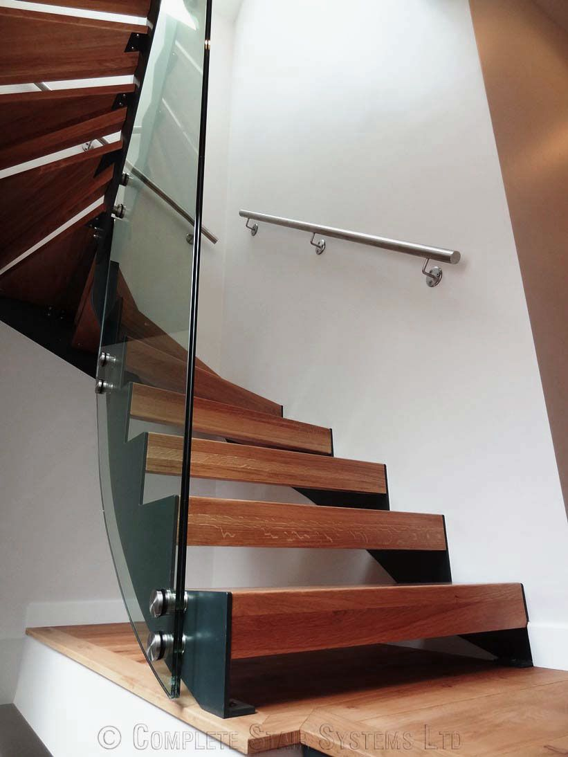 Fancy Modern Wooden Staircase Design With Glass Divider