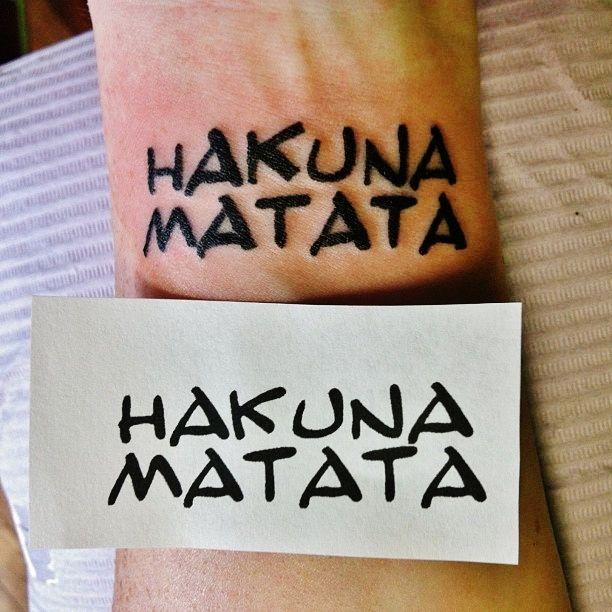 Disney hakuna matata tattoo on wrist i know it 39 s really common but it means a lot to me and i - Hakuna matata tatouage ...