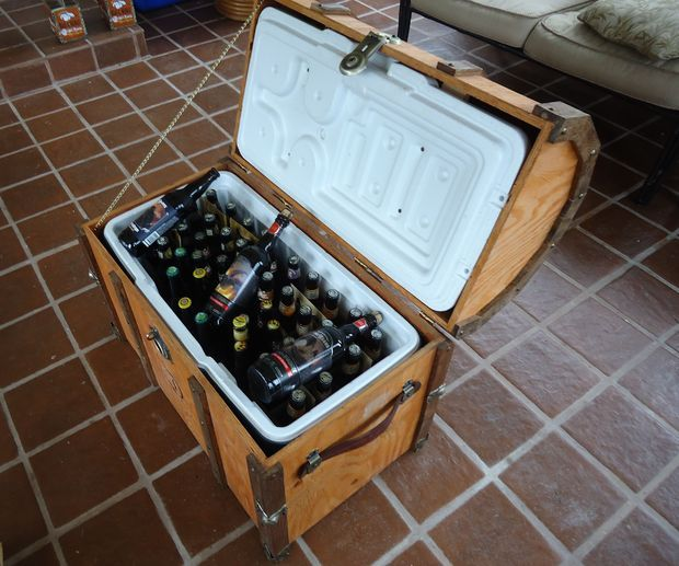 Pirate Chest Beer Cooler style
