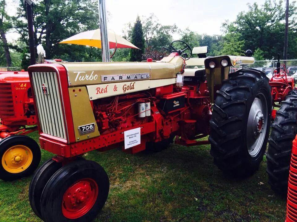 1964 Farmall 706 Gold Demo Farmall Farmall Tractors Tractors