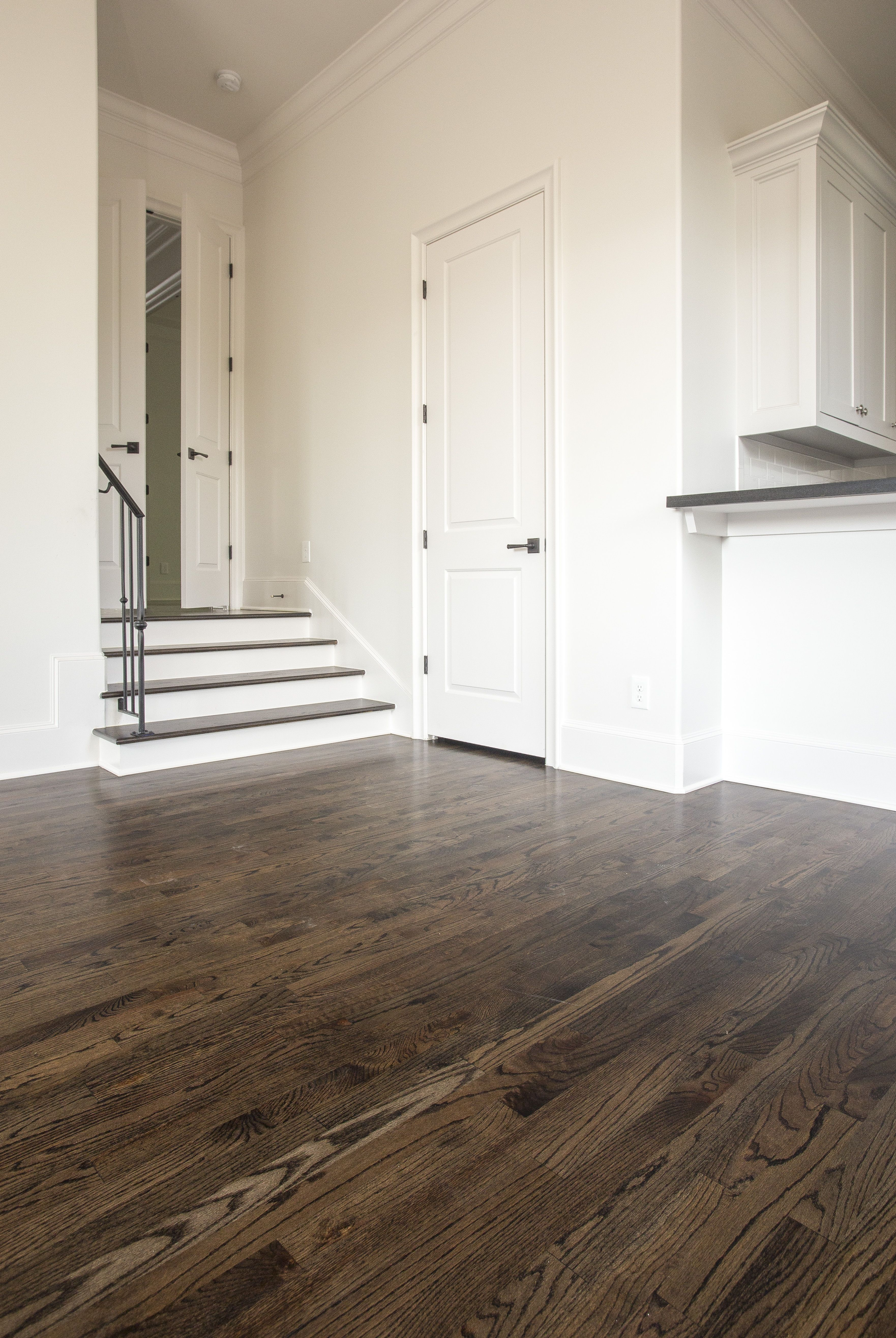 3 4 X 2 1 4 Solid No 1 Common Red Oak Hardwood Floors Hardwood Red Oak