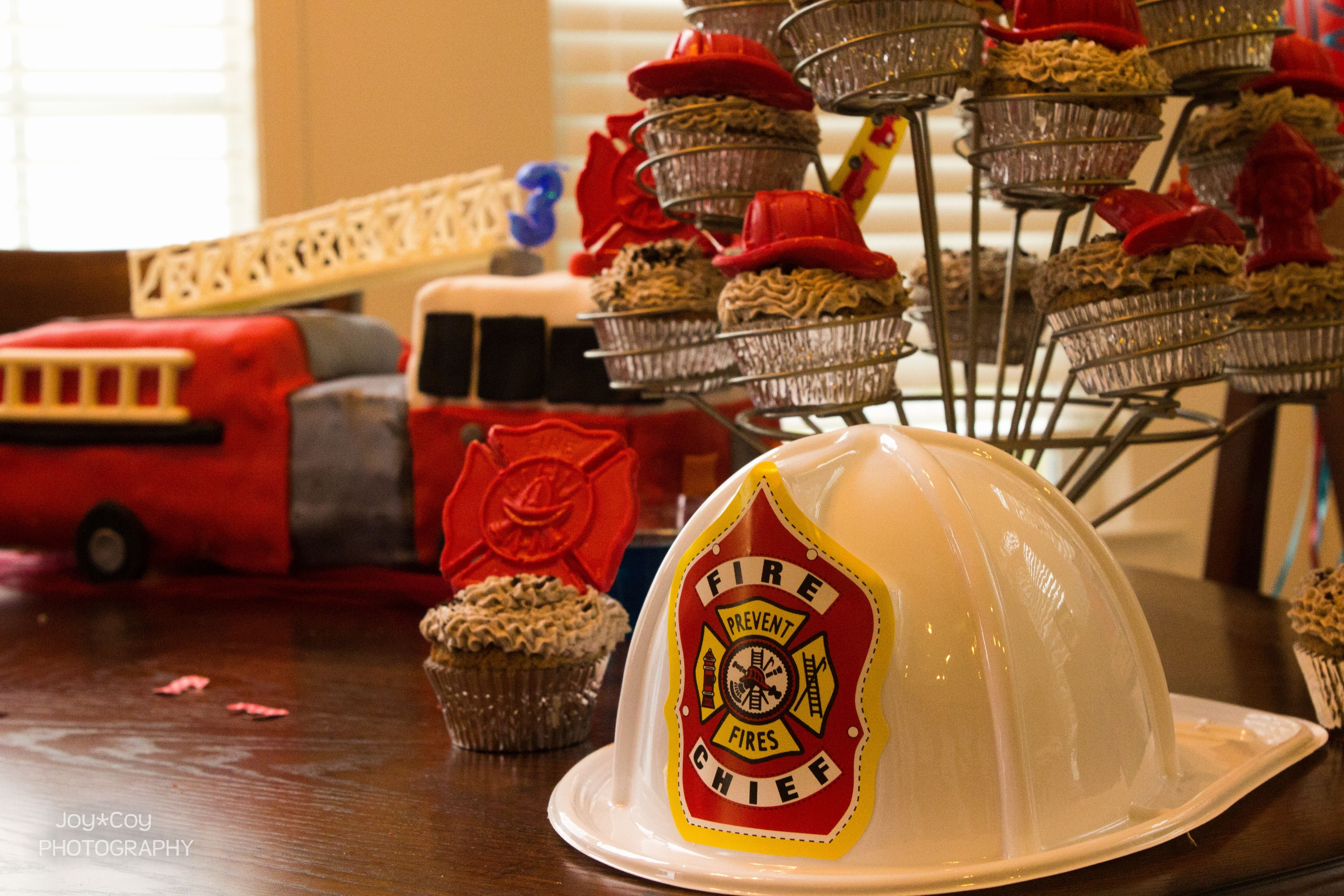 Fire truck birthday decorations party pinterest