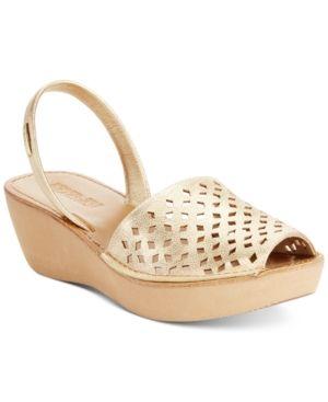 52af1de8a08f Kenneth Cole Women s Reaction Fine Glass 2 Platform Wedge Sandals - Gold  6.5M