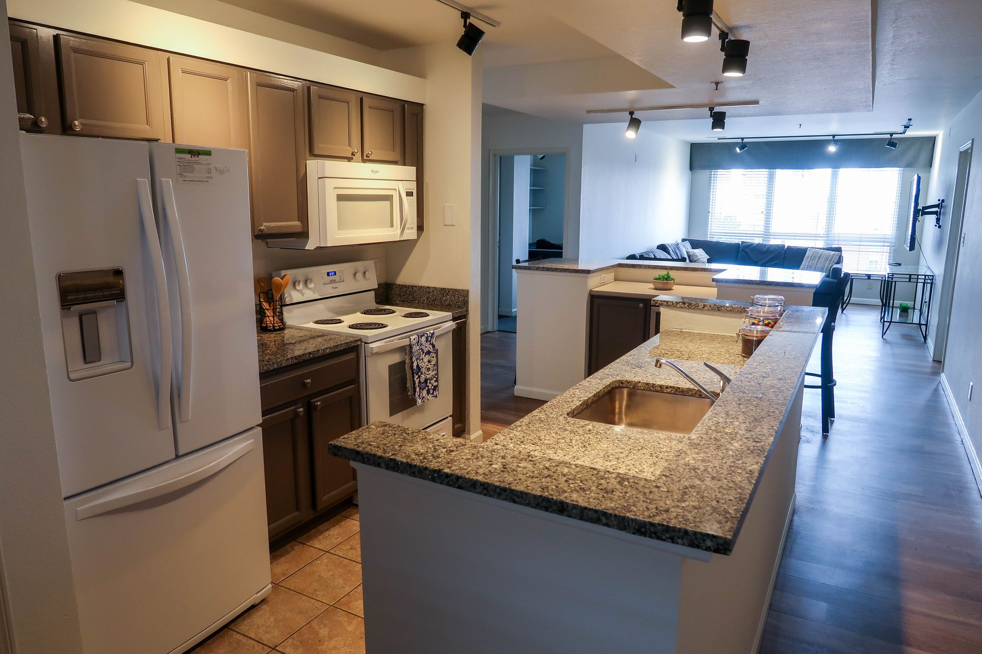 One Unit Left You Can Still Live In One Of The Best Locations On Campus Enjoy A Private Courtyard Fitness Center And Access To Our Jsm In 2020 Apartment