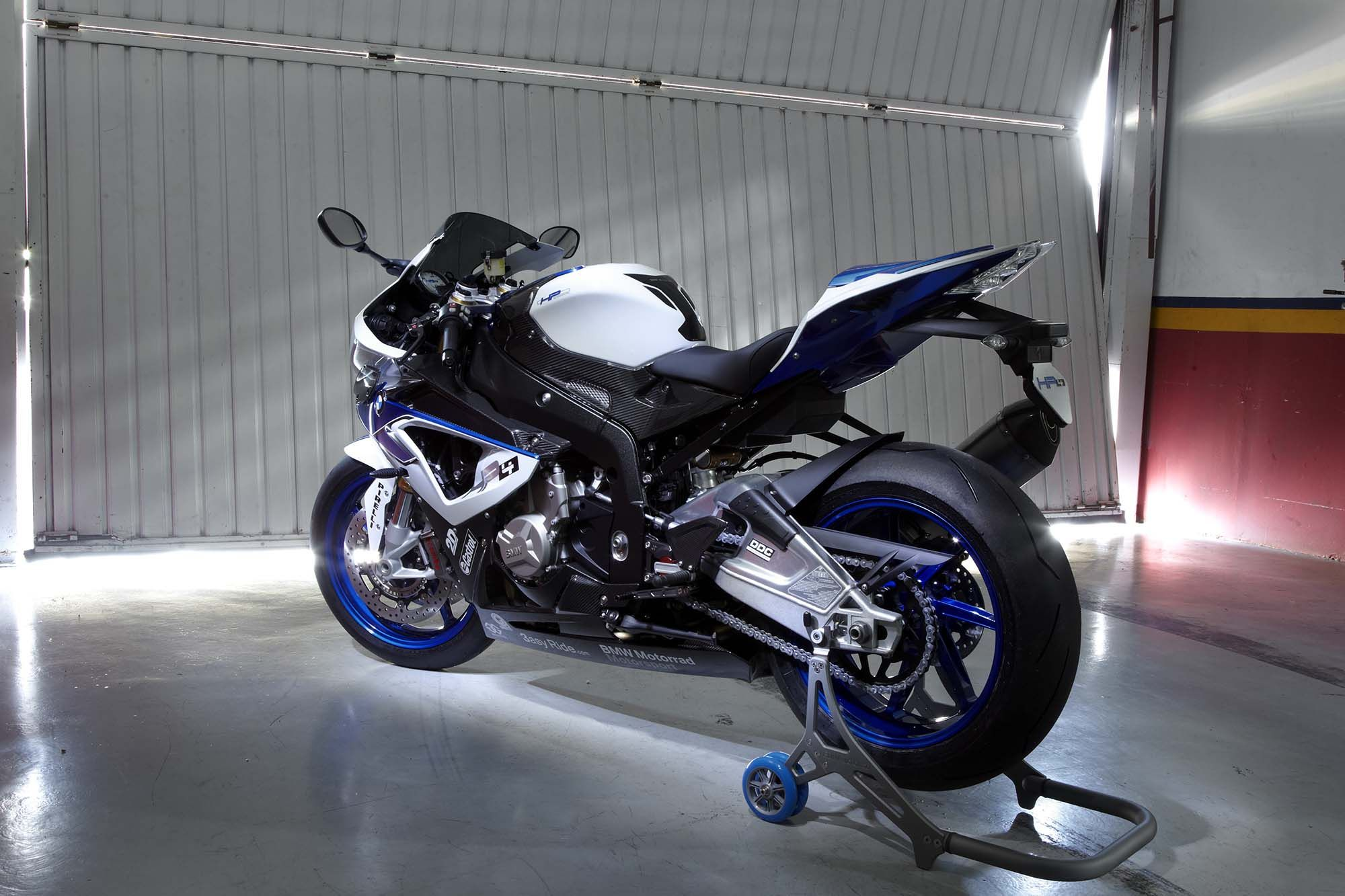 what is the lightest 1000cc sportbike