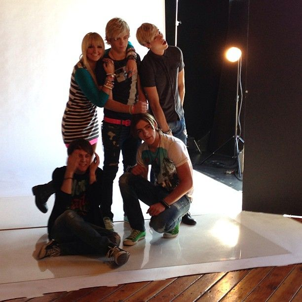 popstarmag : How awesome do officialr5 look!!
