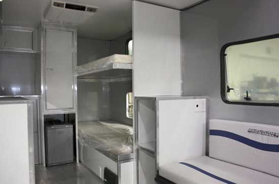 camplite travel trailer interior - showing bunk beds | auto