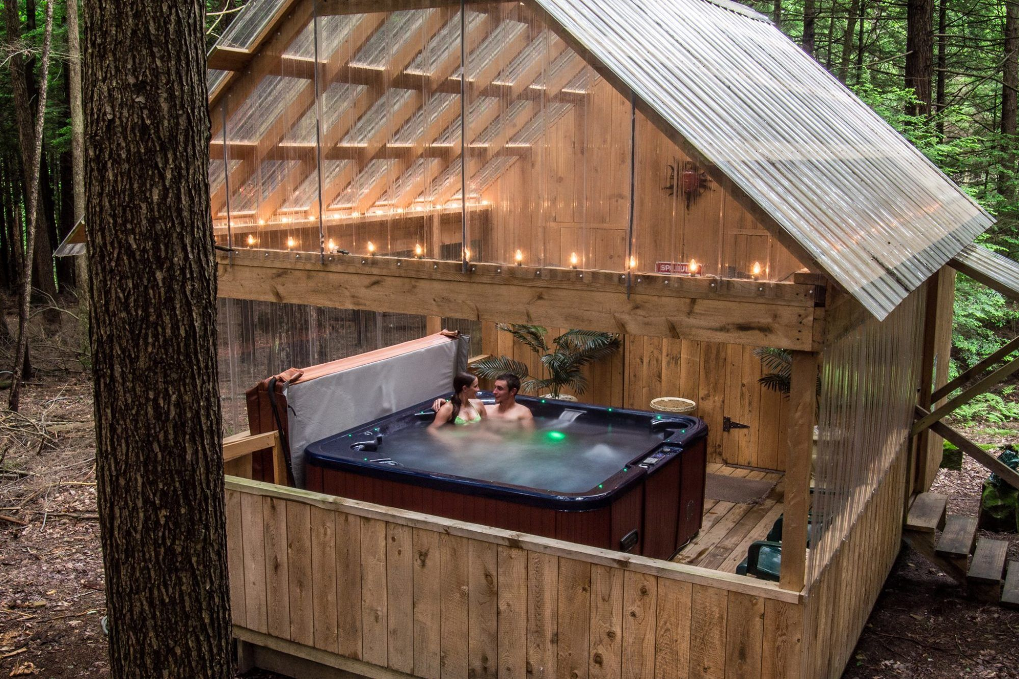 Hominy Ridge Lodge And Cabins In 2020 Cabin Hot Tub Getaway Cabins Romantic Cabin Getaway