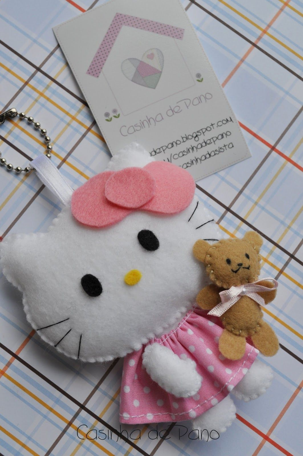 Hello kitty scrapbook ideas - Felt Hello Kitty