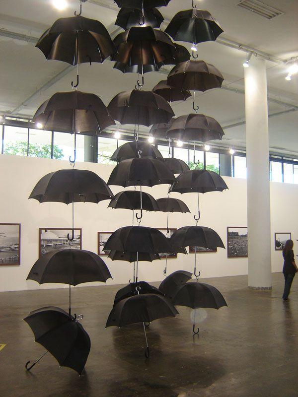 Google Afbeeldingen resultaat voor http://www.nrc.nl/wereld/files/oktober/bienal4.jpg