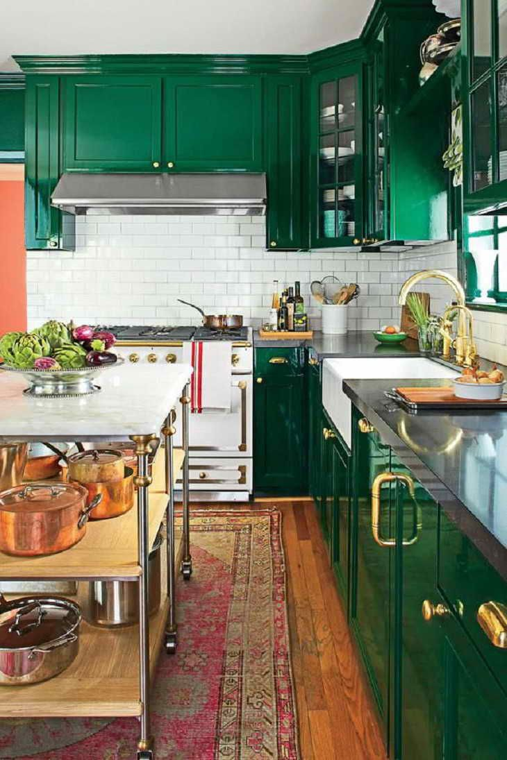 lovely emerald green kitchen cabinets | Emerald Green Kitchen Cabinets Love this emerald green ...