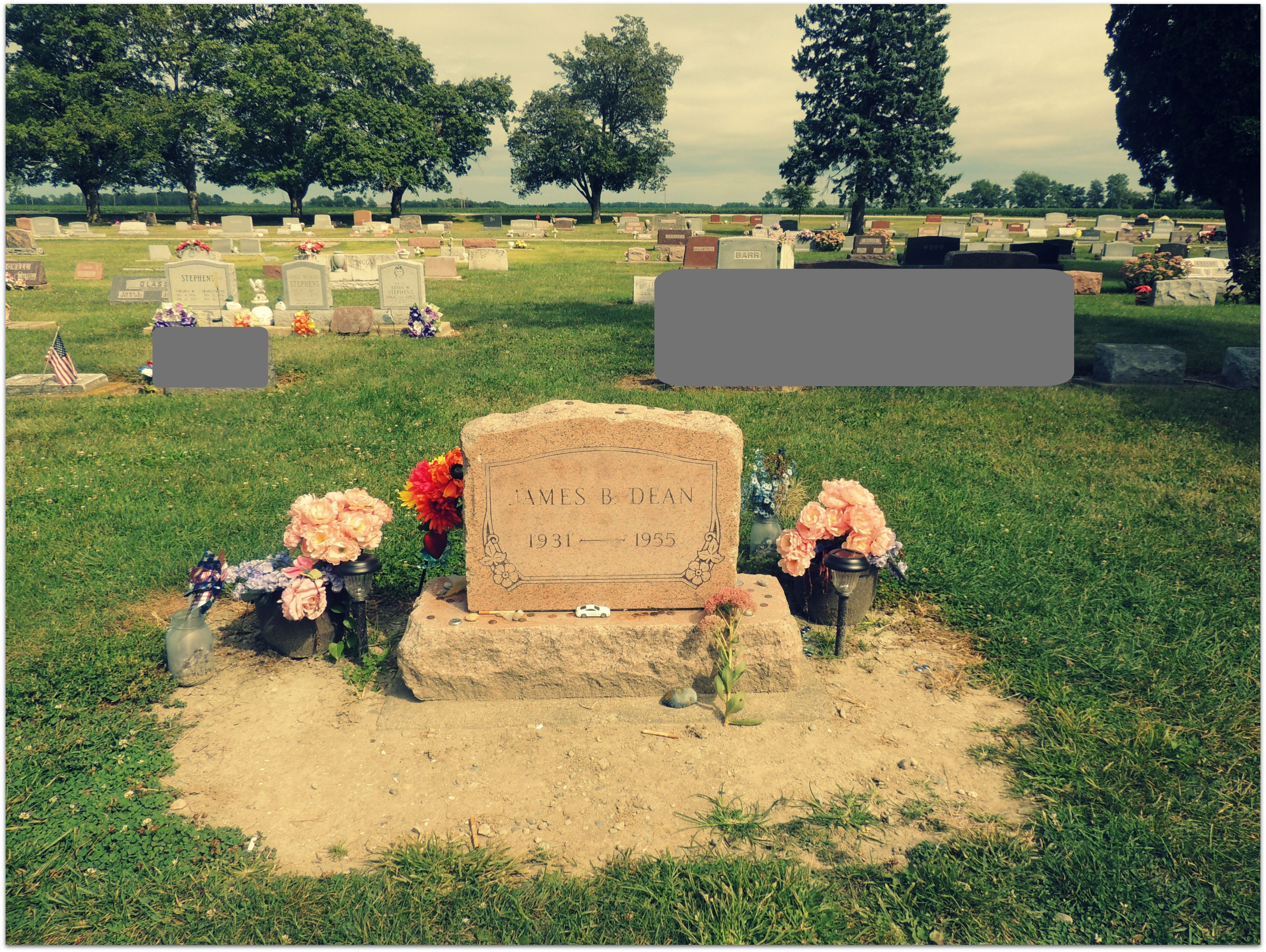 james dean grave fairmount indiana photo taken by me alisha teller