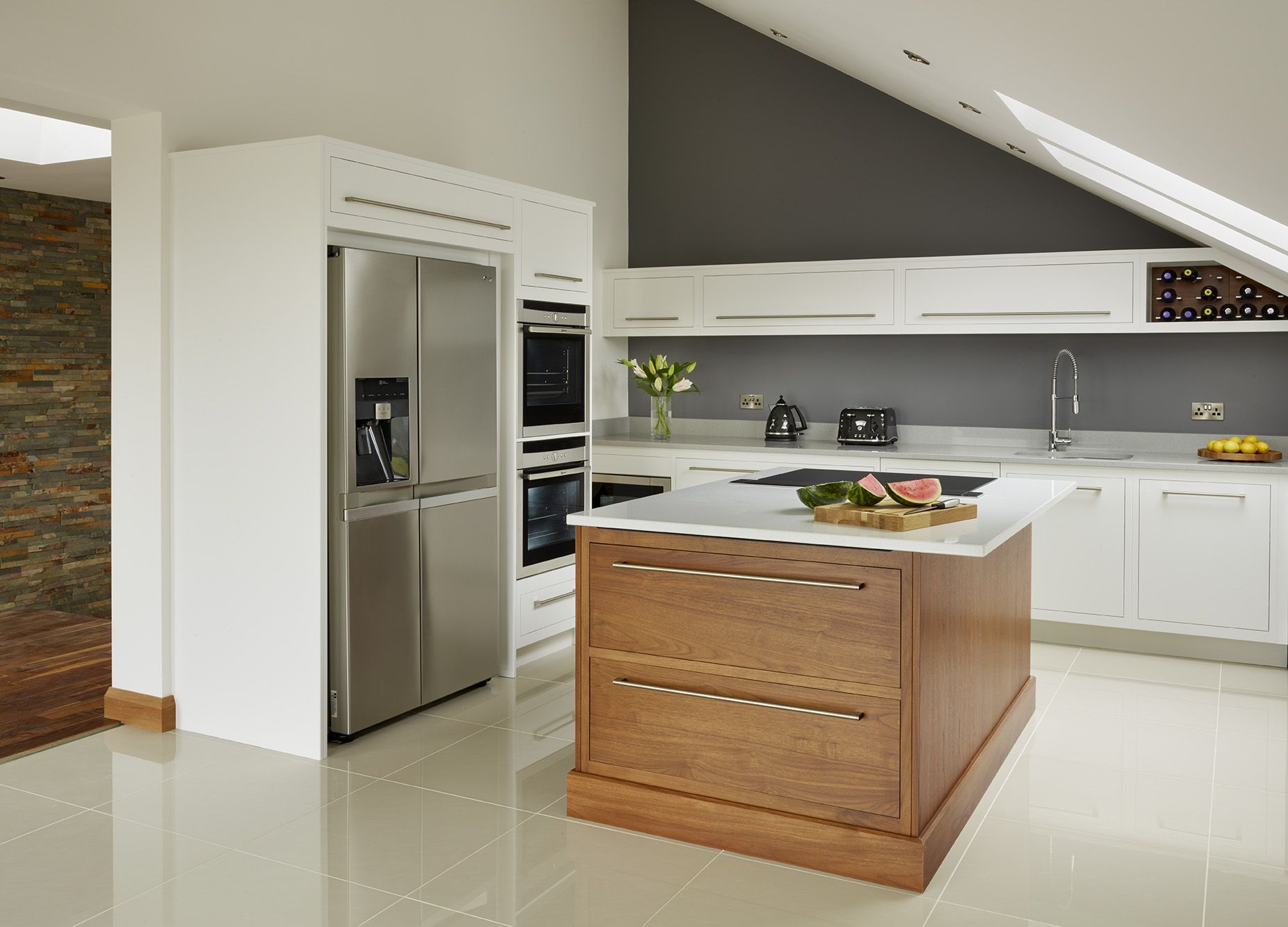 A Harvey Jones Linear Kitchen With Walnut Island Kitchens Kitchendesign Bespoke Handmade