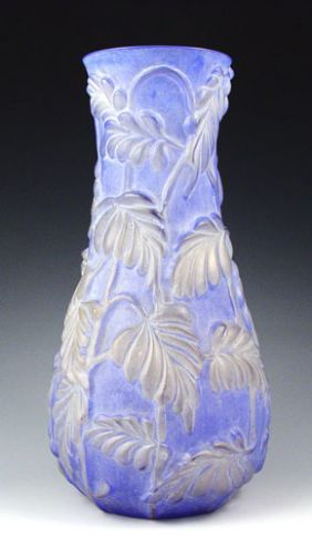 1246 Consolidated Phoenix Floral Art Glass Vase On Periwinkle
