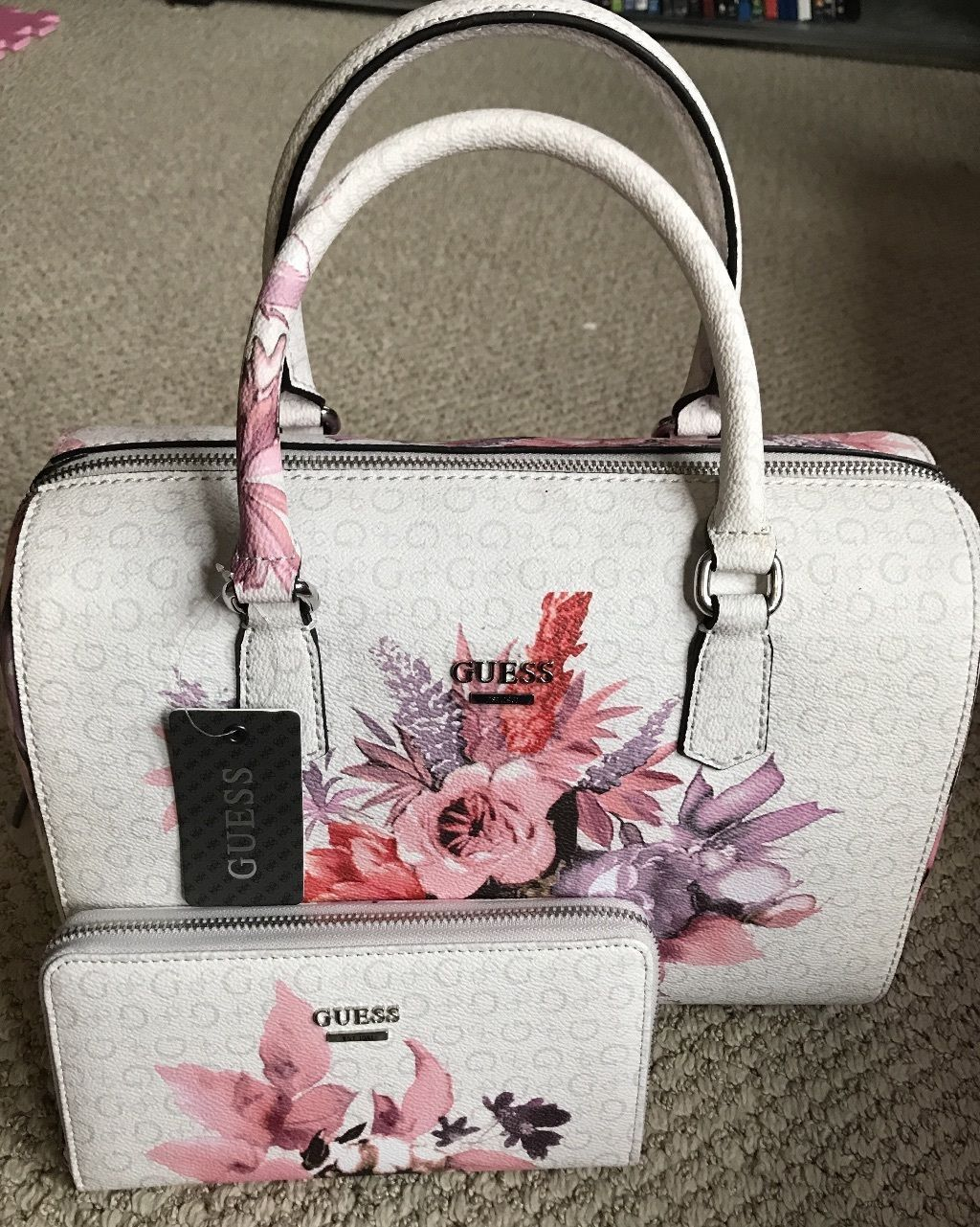 f1c9c10796 GUESS Ashville Bag FLORAL Wallet SET White PINK ROSE Box Satchel Tote LOGO  Purse