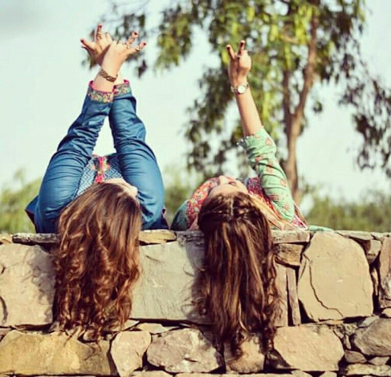 Pin By Amanpreet On Best Friends Forever Crazy Best Friends Friends Fashion Cute Sister