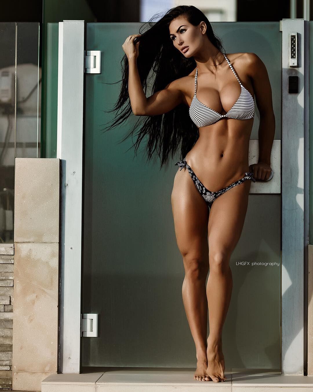 Lydia Hull Nude Photos 65